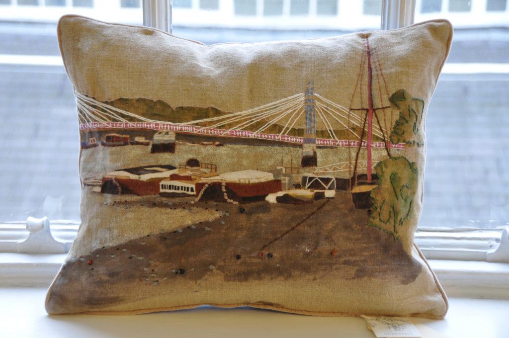 139 Albert Bridge 1